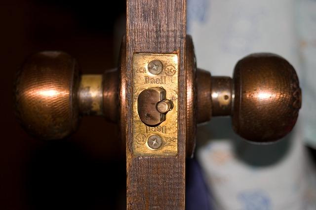 kliky dveří