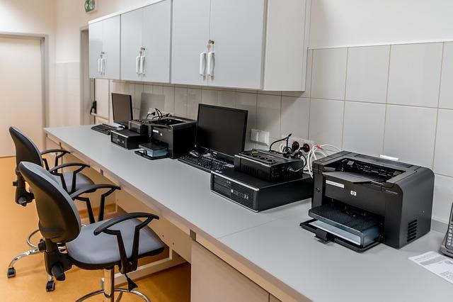 počítače s tiskárnami