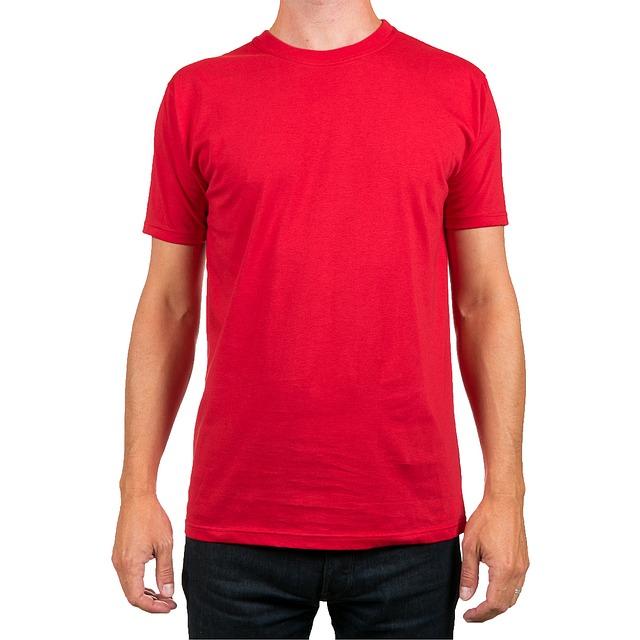 muž v červeném triku.jpg