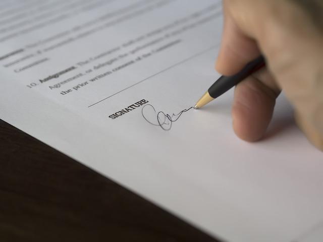 podpis půjčky.jpg